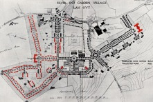 Silver End village plans showing in black the housing completed in 1927 and in red, planned housing, some of which was never actualy completed.